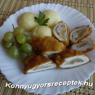 Sajttal-szőlővel töltött csirkemell rolád recept