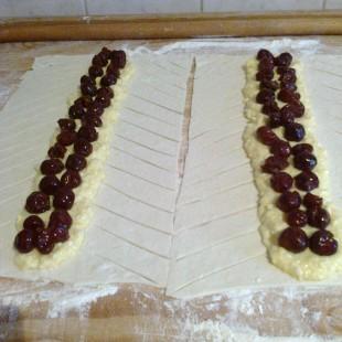 Túrós-meggyes rétes recept