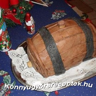 Boros hordó ( csoki torta)