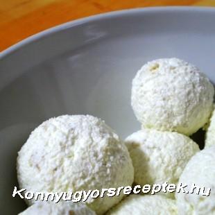 Diétás kókuszos túrógolyó recept