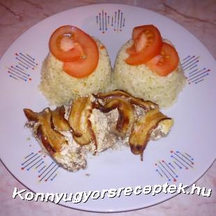 Fokhagymás tejfölös csirkemáj baconpaplan alatt recept