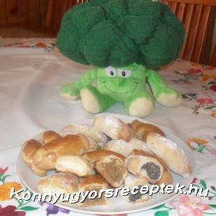 Omlós töltött kifli recept