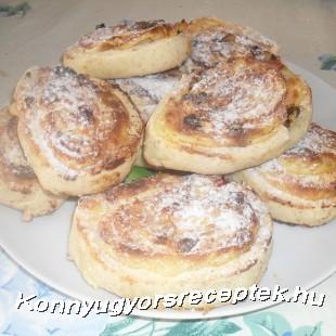 Pudingos-túrós tekercs gluténmentesen recept