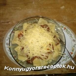 Gombás ravioli paradicsomos szószban recept