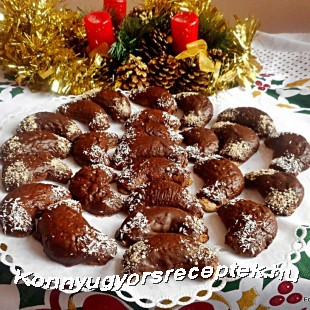 Csokoládé mázas kifli mandulás töltelékkel recept