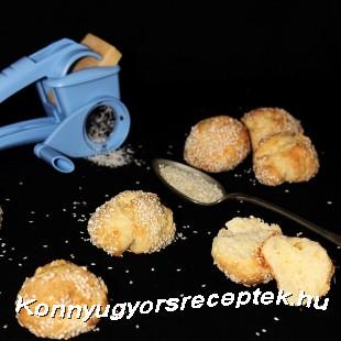 Sajtos-sós pöffeteg recept