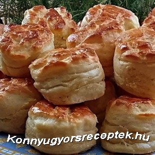 Vajas-tejfölös pogácsa recept