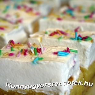 Habos-joghurtos szeletek recept
