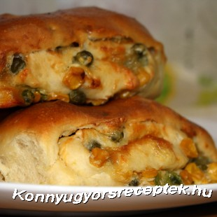 Kukoricás-borsós-sajtos párna recept