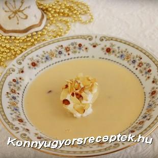 Borleves mandulás-habgaluskával recept
