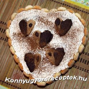 Szív alakú tejszínes gesztenyetorta (sütés nélkül)  recept