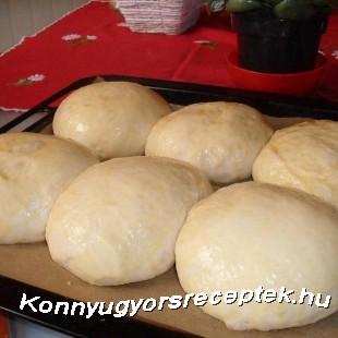 Joghurtos zsemle  recept