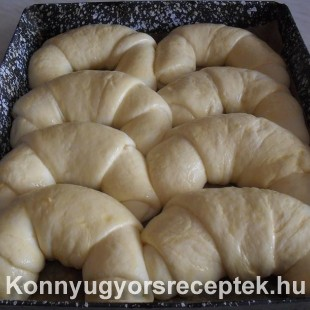 Krumplis  kifli  recept