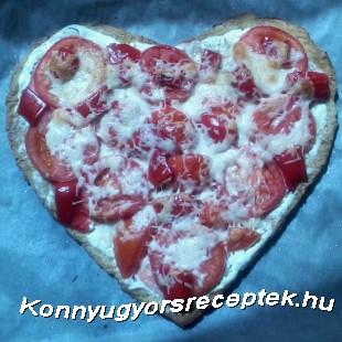 Pizza cukkinis tócsni tésztából recept