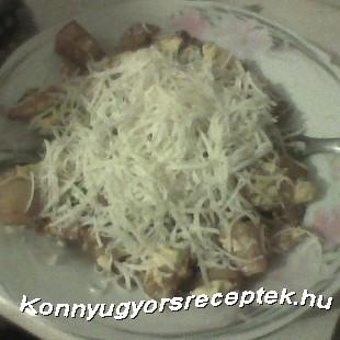 Rántottás sültkrumpli sajttal recept