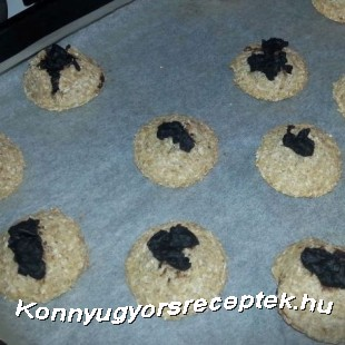 Csokikrémmel töltött kókuszos keksz recept