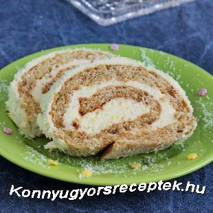 Diós piskótatekercs vaníliás krémmel recept