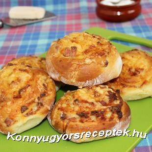 Sonkás-sajtos csiga. recept