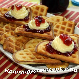 Gofri vanília-pudinggal recept