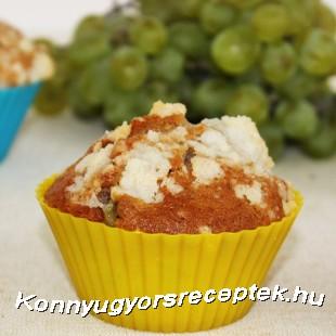 Szőlős muffin ropogós morzsával. recept