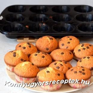 Muffin csokoládédarabokkal recept