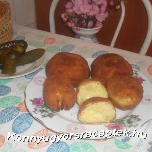 Rántorr gomba, sajttal töltött krumpli golyóval. recept