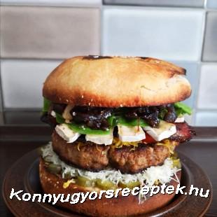 Monstrum hambi, az 5 kilós házi hamburger recept