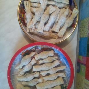 Szaloncukor leveles tésztából mákos és diós töltelékkel recept