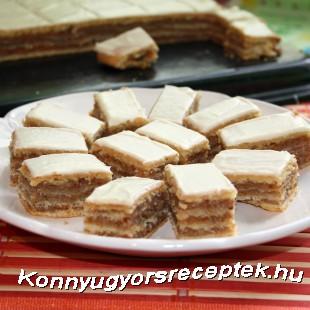 Fehércsokis zserbó omlós tésztából recept