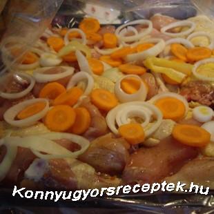 Sárgarépás sült csirke kapornártással recept